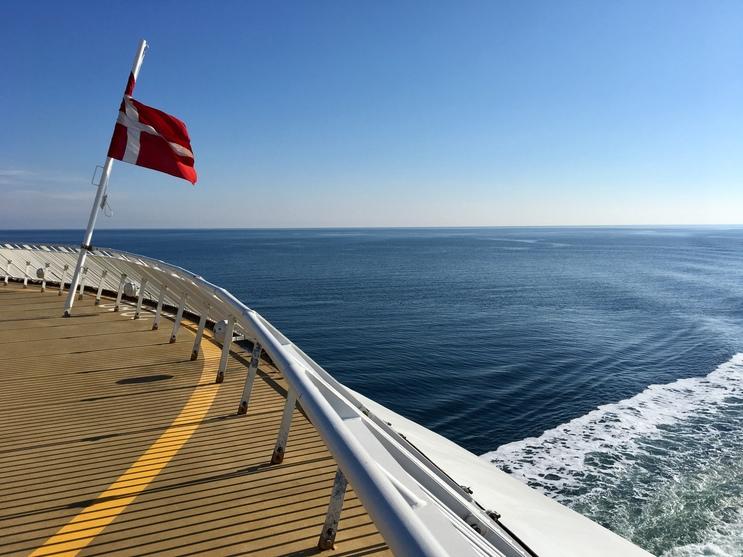 Udenrigsfærgerne til og fra Danmark har normalt 41 procent af sine passagerer i sommermånederne. Blandt rederierne er norske Fjord Line, der fra Norge sejler til Hirtshals. Pressefoto: Fjord Line.