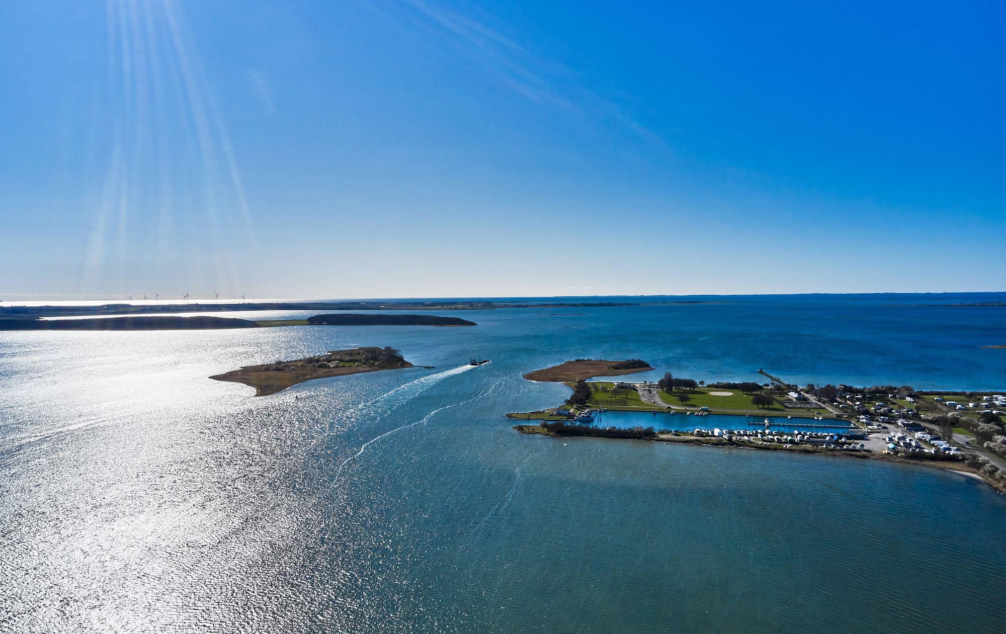 Sjælland og øerne omkring skal have øget fokus på at tiltrække turister. Her er det foto fra Nakskov Fjord, foto: Steffen Stamp.