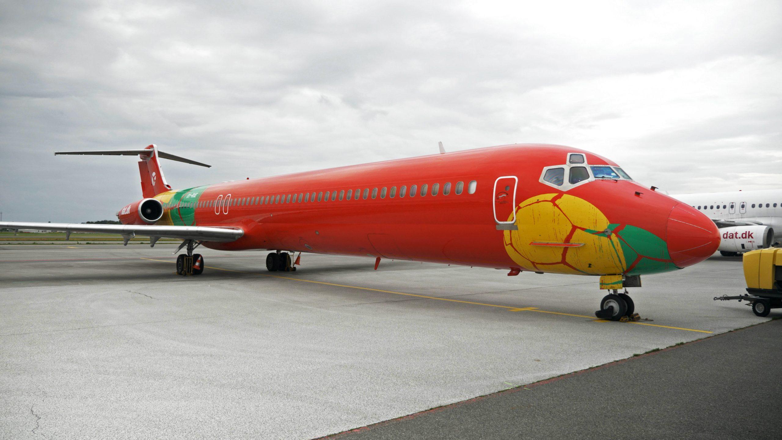 DAT's særflyvning til Porto Santo gennemføres med en MD83, der normalt har 172 sæder, men i dette tilfælde har 90 business class-Business stole og 27 sæder på economy. PR-foto: DAT.