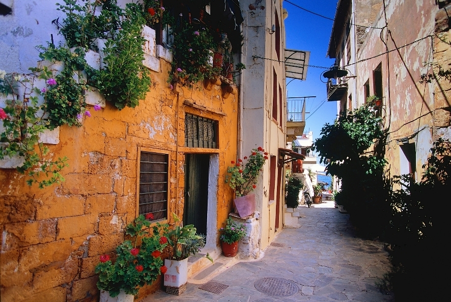 Bravo Tours sendte i weekenden ni charterfly til Kreta, billedet, og Rhodos. Få dage efter afgangen kom nyheden om, at Bravo Tours og resten af TravelCo skal rekonstrueres. Arkivfoto.