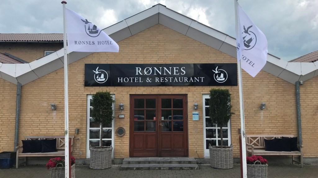 Rønnes Hotel ved Sletten Strand drives af formanden for HORESTA i Nordjylland, Lars Mouritzen. Foto: VisitJammerbugten.