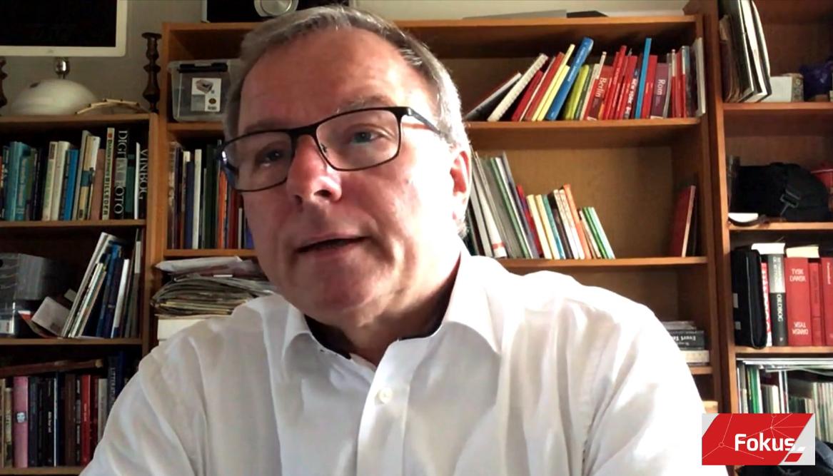 Socialdemokratiets erhvervsordfører i Folketinget, Orla Hav, forudså i debat på TV2 Nord, at hoteller, restauranter og rejsebureauer skal tilpasse sig en helt ny virkelighed – også når krisen er ovre. Skærmbillede fra TV2 Nord.