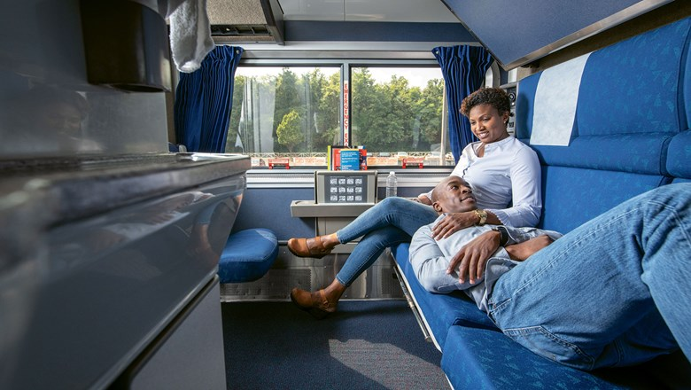 Pakkerejser med tog er en sovende gigant, lyder det fra Amtrak Vacations, der tiltrækker flere rejsende i en tid hvor heller ikke amerikanerne kan rejse til for eksempel Europa eller tage et krydstogt. Pressefoto: Amtrak.