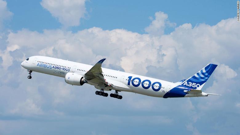 Blandt årets mere specielle begivenheder indenfor luftfarten var, at Airbus gennemførte otte flystarter med en Airbus A350-1000, hvor flyets autopilot klarede de otte starter. I cockpittet sad dog to erfarne piloter klar til at tage over. Pressefoto: Airbus.