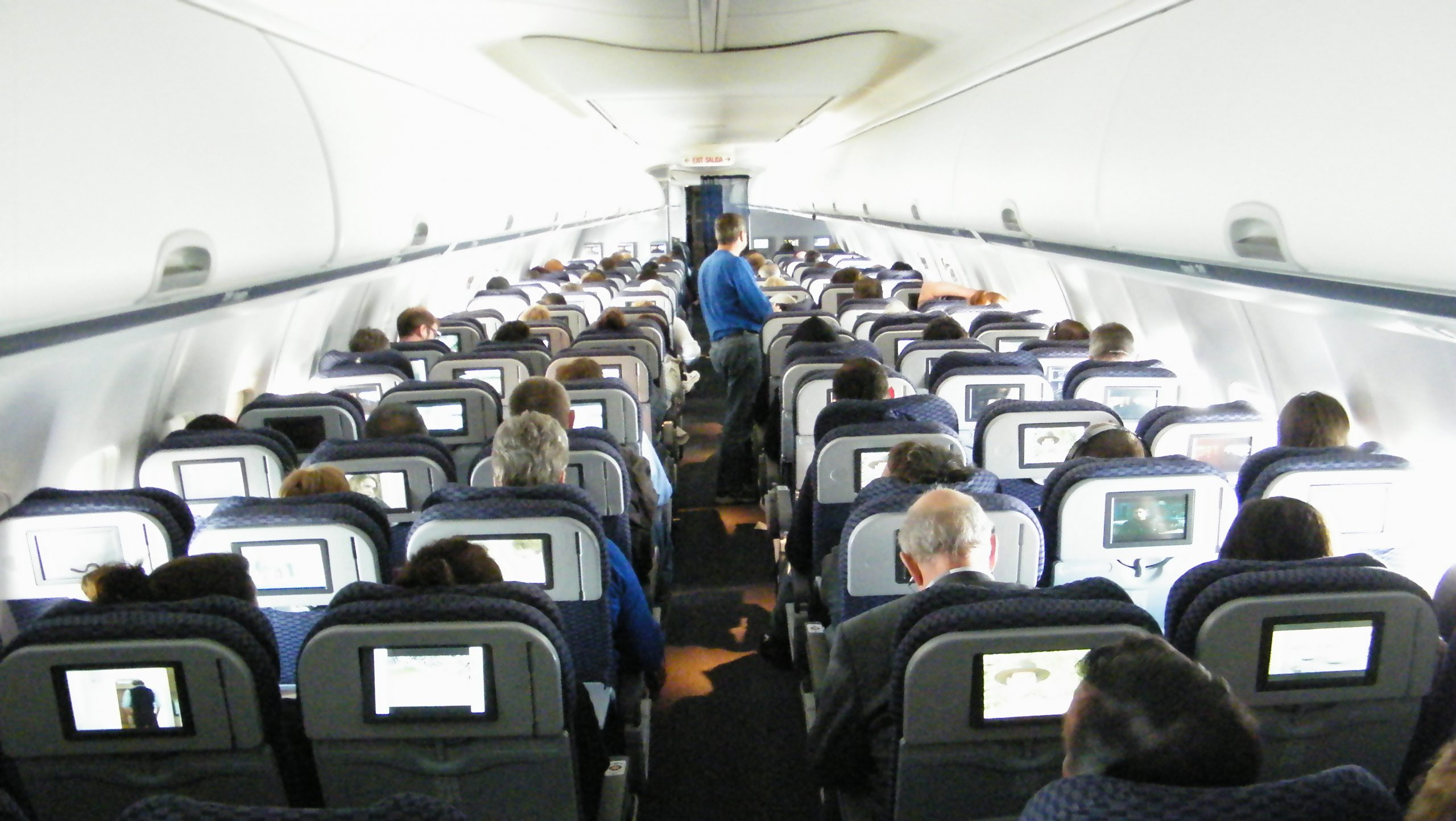 Flypassagerer skal passe godt på bonuspoint, for eksempel med stærke passwords, så de ikke risikerer at blive stjålet af hackere. Arkivfoto fra en amerikansk indenrigsflyvning: Henrik Baumgarten.