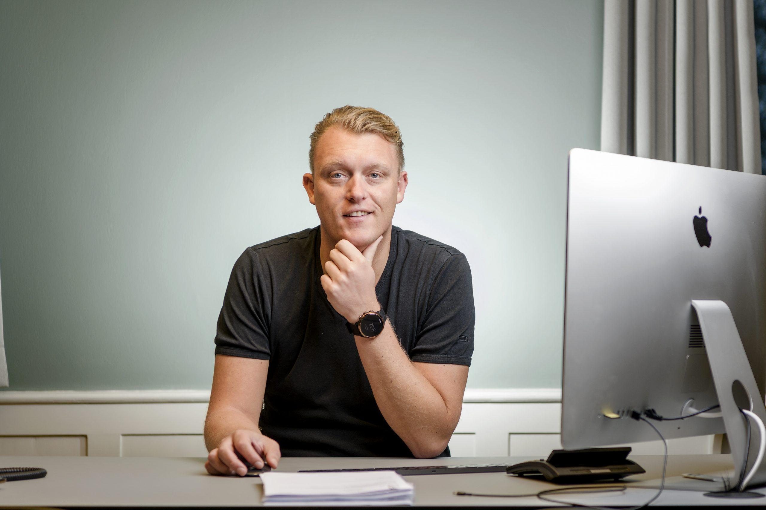 Bjarke Hansen, ejer af og administrerende direktør for Primo Tours, kontrollerer nu ni danske rejsebureauer efter han har købt Skinetworks, der krakkede i fredags. PR-foto: Primo Tours.