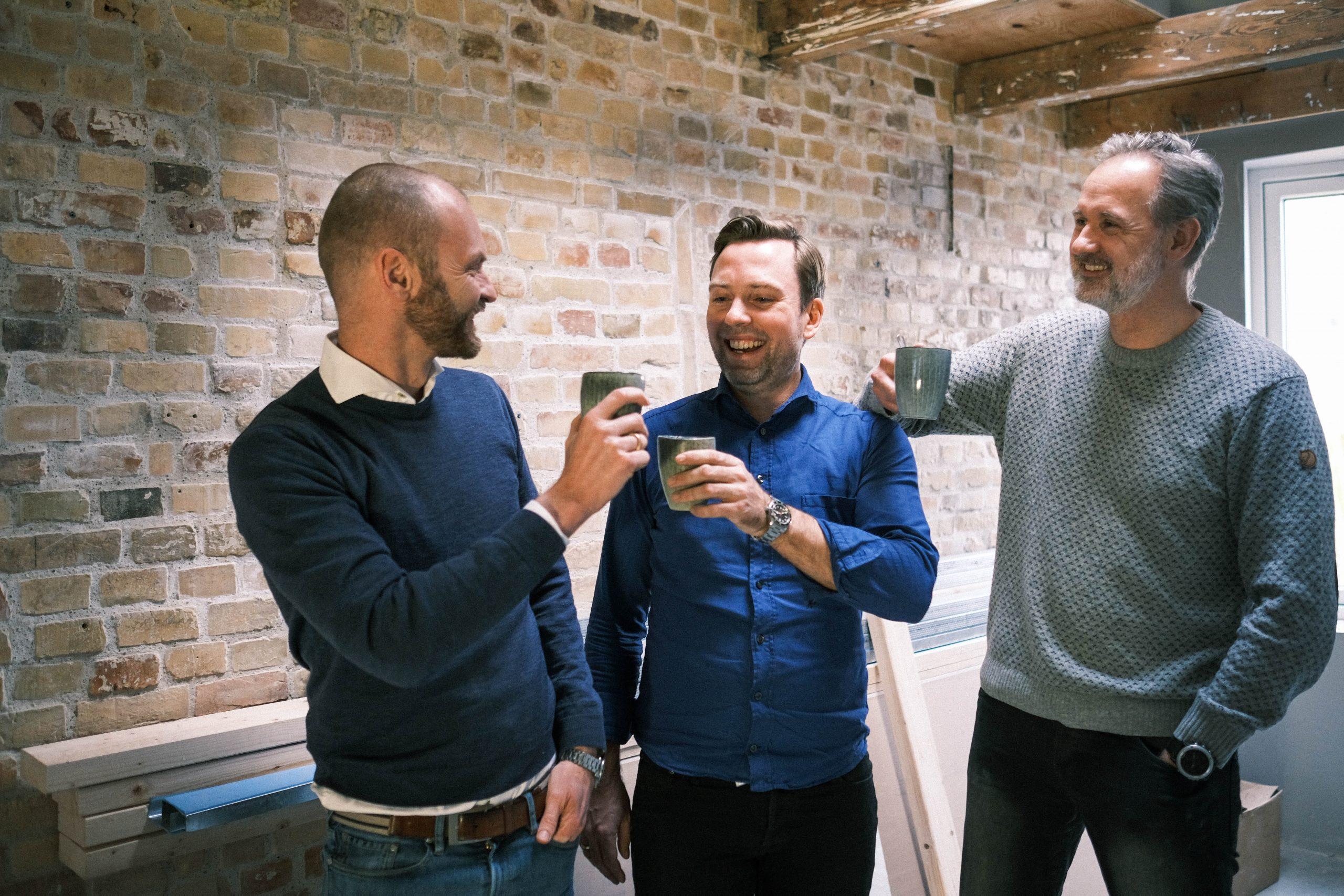 Trioen bag det nye bureau, First Coffee, er fra venstre Thomas Andersen, Dennis Østergaard og Henrik Koch. PR-foto.