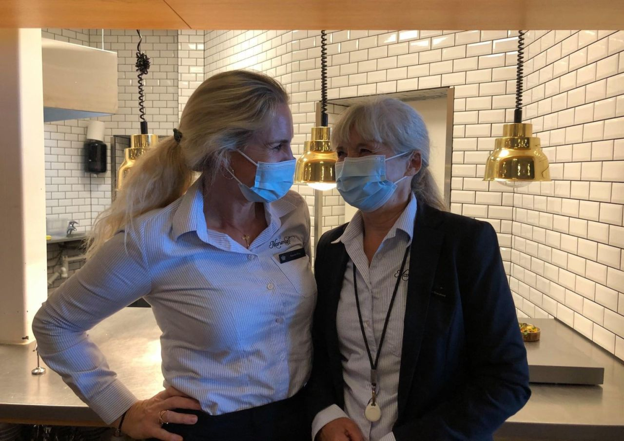 Coronakrisen har blandt andet ramt hoteller, restauranter og oplevelseserhvervet hårdt. Men der lys på vej med blandt andet coronavaccinerne. Linkedin-foto fra Marienlyst Strandhotel ved Helsingør.