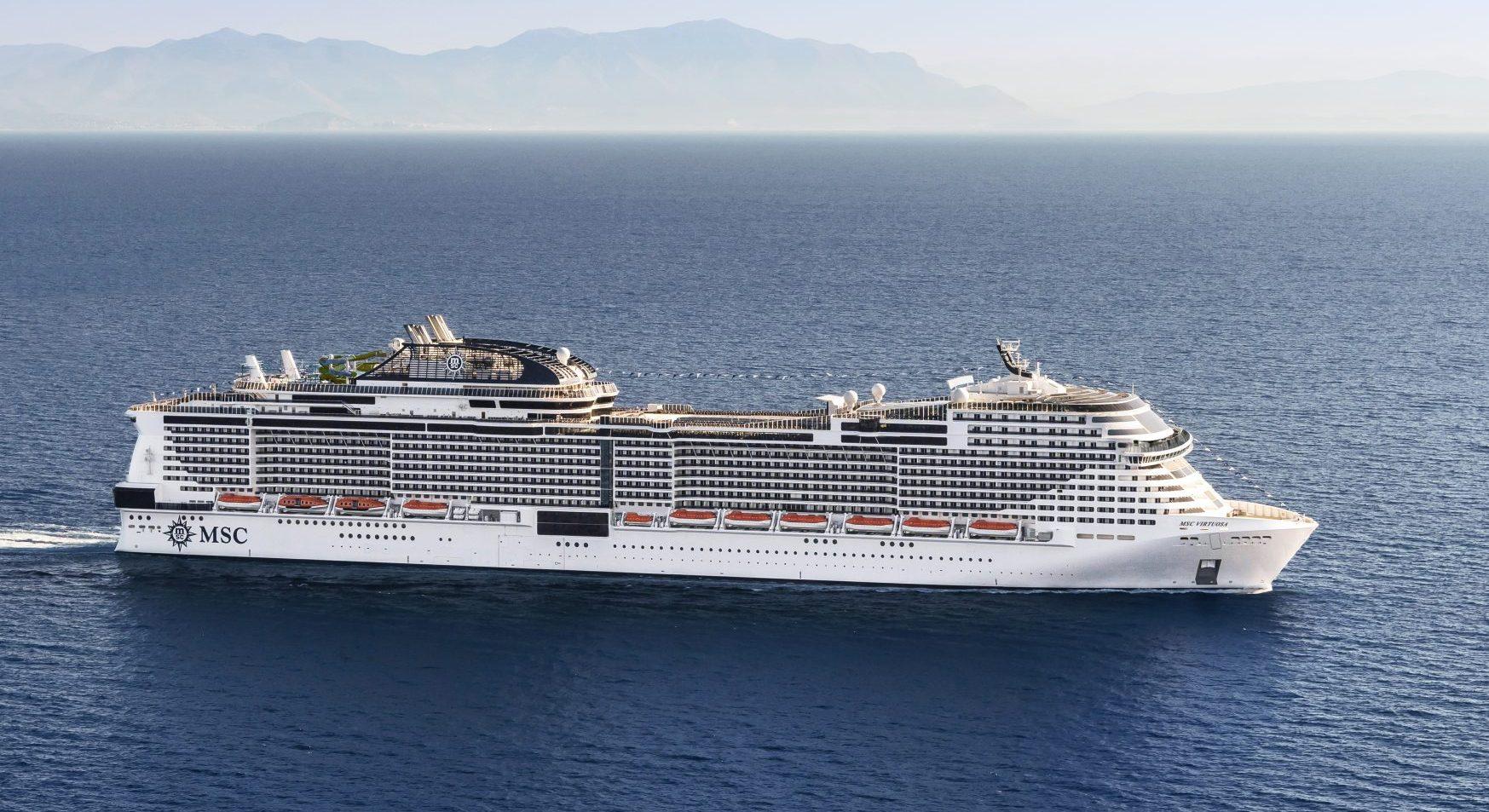 MSC Cruises' nye flagskib, MSC Virtuosa, har blandt andet 21 barer, ni restauranter, et teater med plads til 945 gæster og fem svømmebassiner. Pressefoto: MSC Cruises.