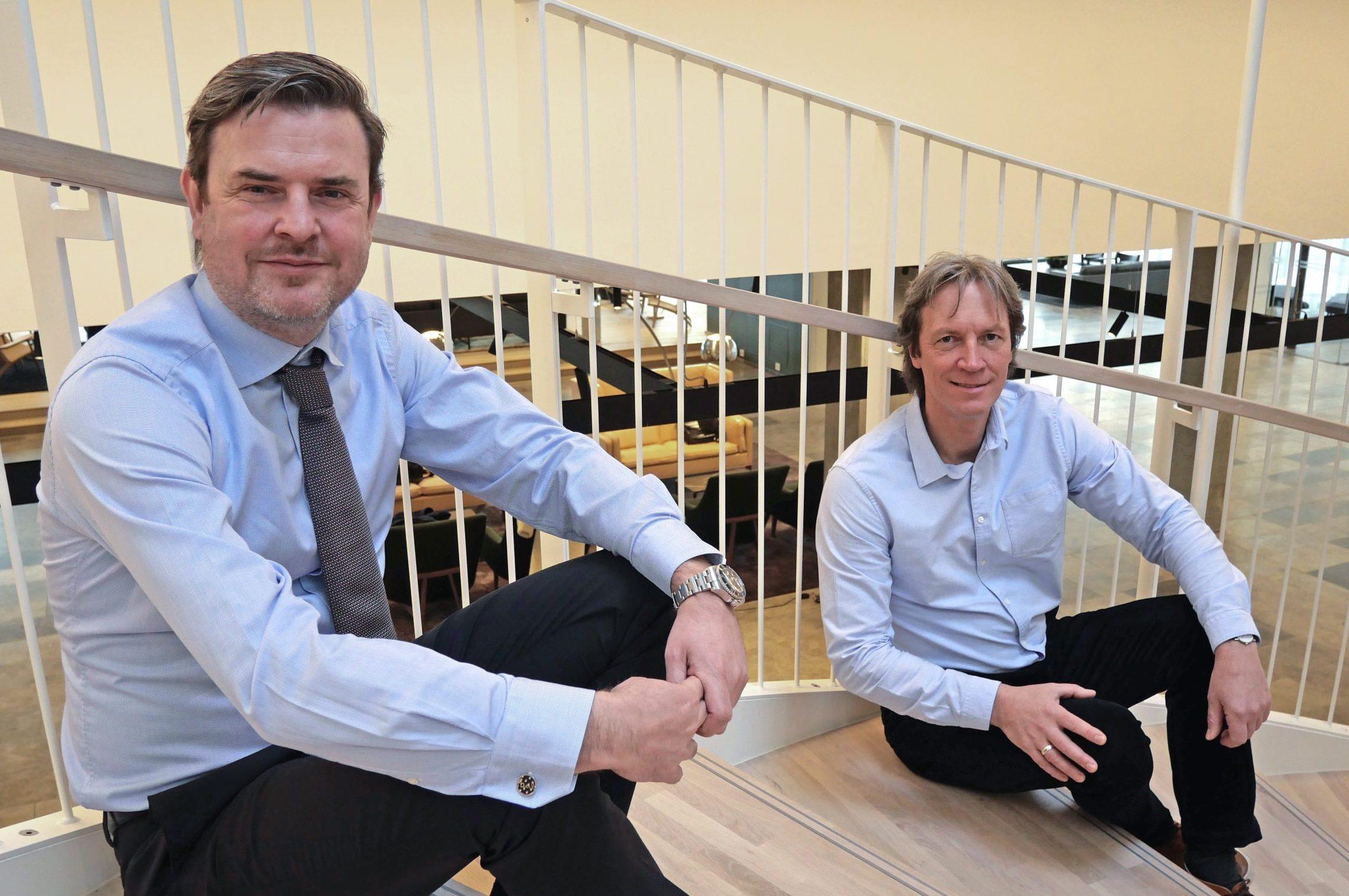 Klar til samarbejde, kommerciel direktør Michael Hansen fra Comwell, til venstre, med Hauke Haas, driftsdirektør hos Ordnung. PR-foto fra Comwell.