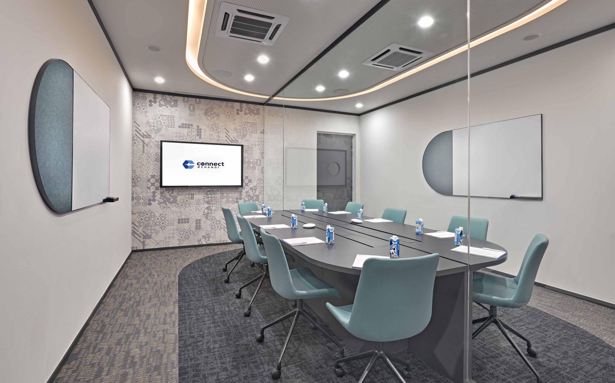 Mødelokalerne i konceptet Connect@Changi er udviklet af et statsligt firma i Singapore ved at omdanne dele af kongrescentret Singapore Expo. Der er separate indgange for de tilrejsende, der under deres ophold bor i et særligt konstrueret hotel i forbindelse med selve kongrescentret. PR-foto fra: Connectatchangi.sg