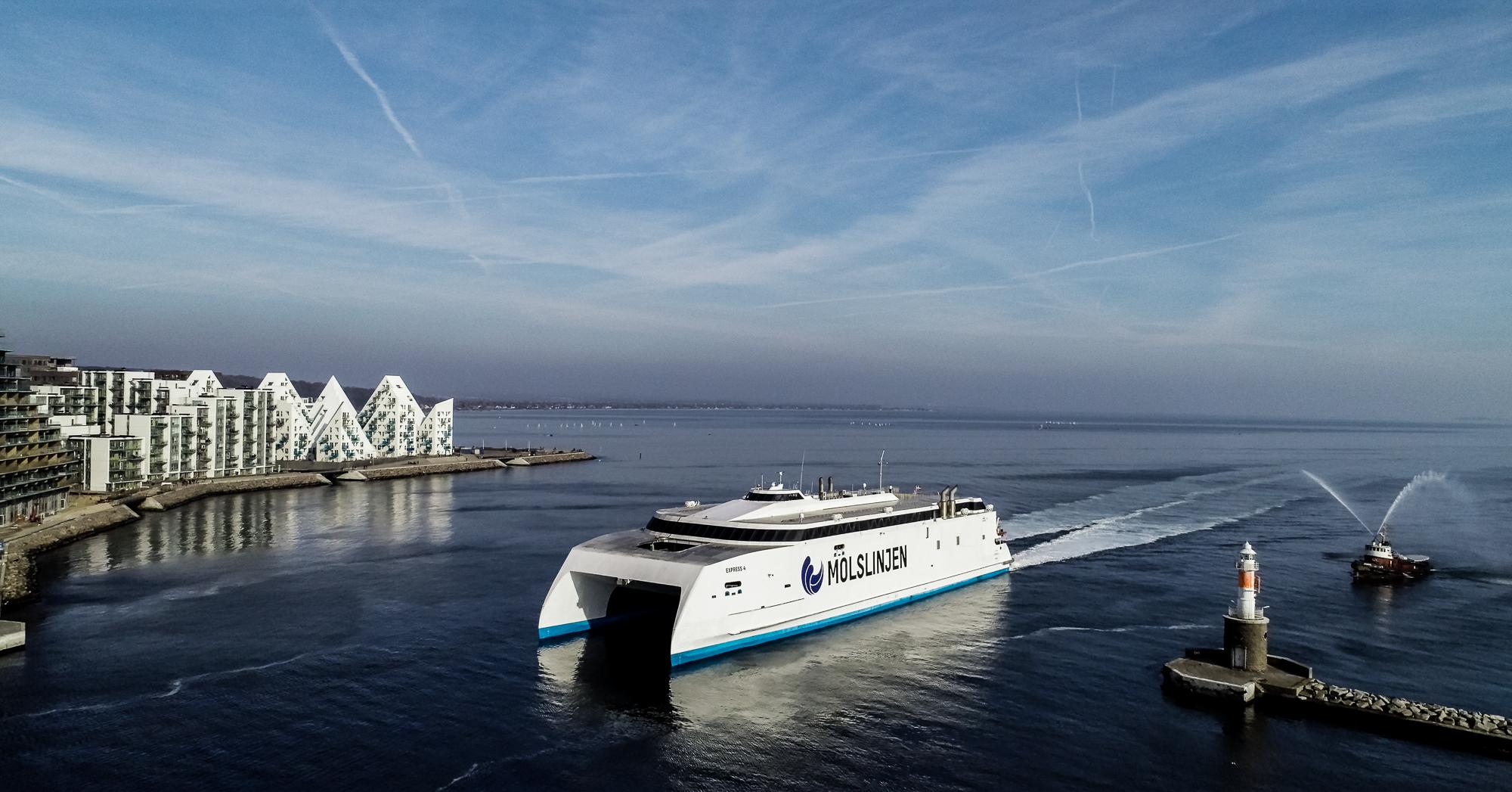 Molslinjen med ni danske færgeruter har igen skiftet ejer og ejes nu af svenske investeringsfond EQT Infrastructure. Pressefoto: Molslinjen.