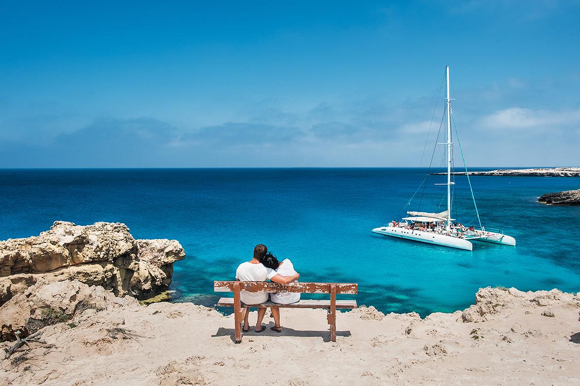 Cypern begynder at signalere parathed til at genåbne for turister. Men de opdeles i farvekategorier. Danmark er i den mellemste, den orange. Arkivpressefoto: Cyperns Turistråd, Deputy Ministry of Tourism.