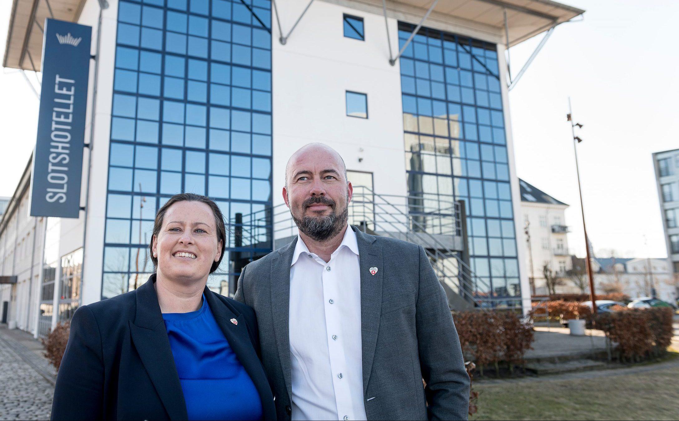 Ægteparret Anemette og Danni Bühlmann, der er tredje generation i Bühlmanns hotelimperium, står i dag i spidsen for hoteldelen af familien. Foto: Michael Bo Rasmussen / Baghuset.