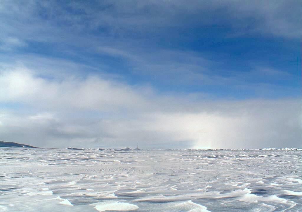 Foto fra Nordpolen via Wikipedia: NOAA/Pacific Marine Environmental Laboratory.