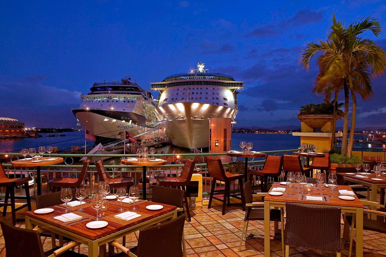 Mange krydstogtrederier gør klar til at sejle når der igen er grønt lys. Her arkivfoto fra Sheraton Old San Juan Hotel på caribiske Puerto Rico.