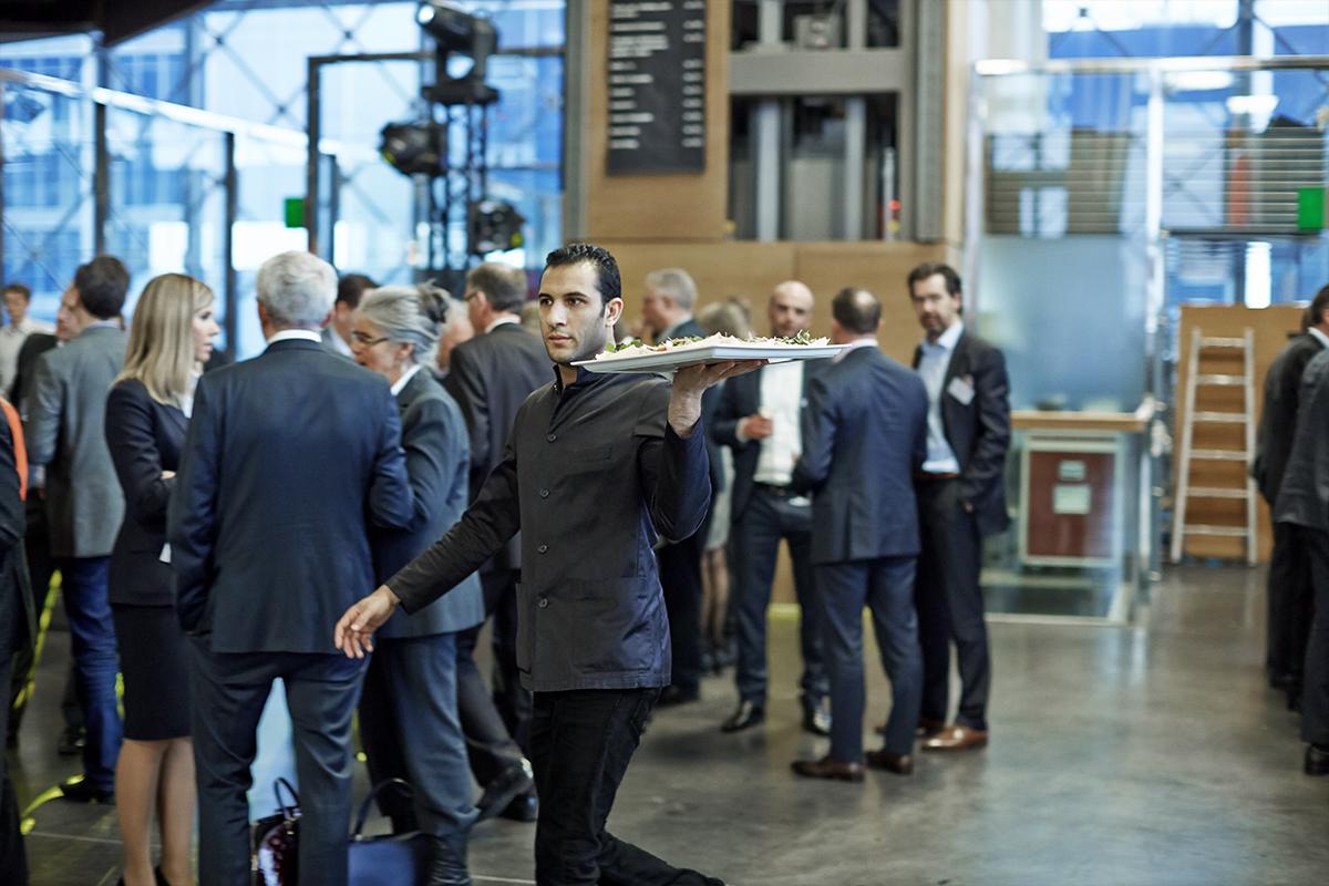 HORESTA, Dansk Erhverv og Dansk Industri peger på en række udfordringer, der stadig eksisterer for turismebranchen efter den politiske aftale om grænseåbninger. Arkivpressefoto fra HORESTA.