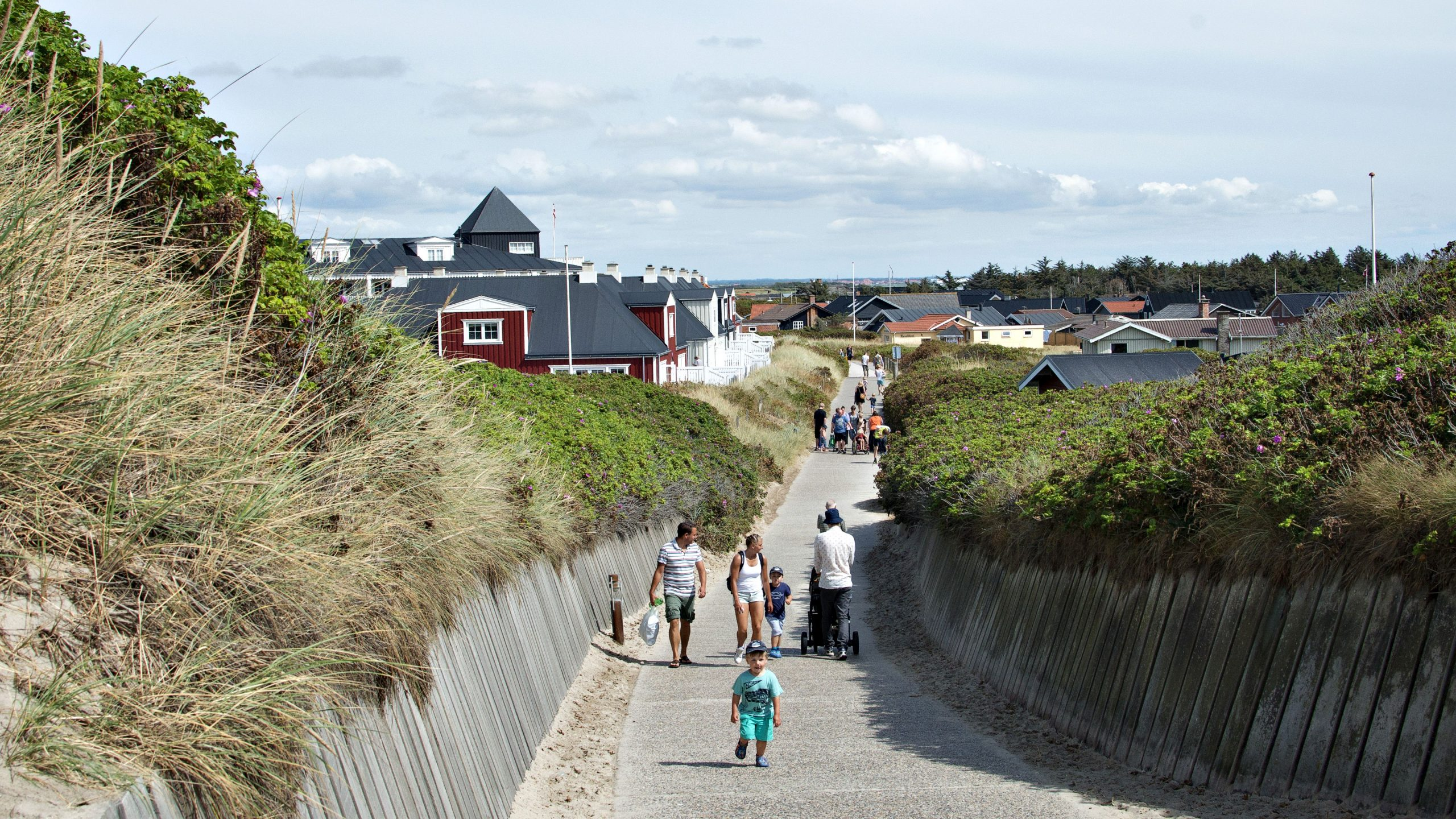 Sommerhuse og ferieboliger ved Søndervig på den jyske vestkyst. Arkivpressefoto: Ringkøbing-Skjern Kommune.
