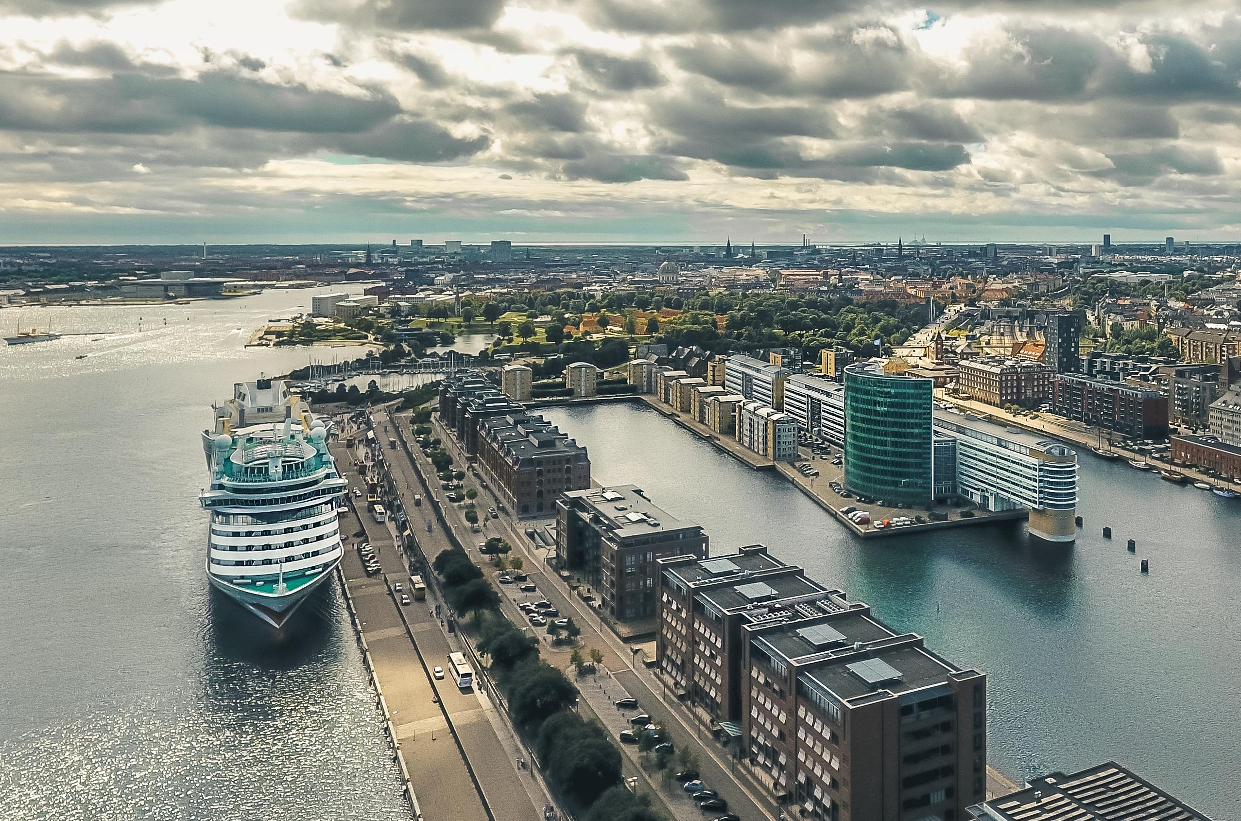 Krydstogtskib i Københavns Havn. Arkivfoto: Thomas Høyrup Christensen for Copenhagen Media Center, Wonderful Copenhagen.
