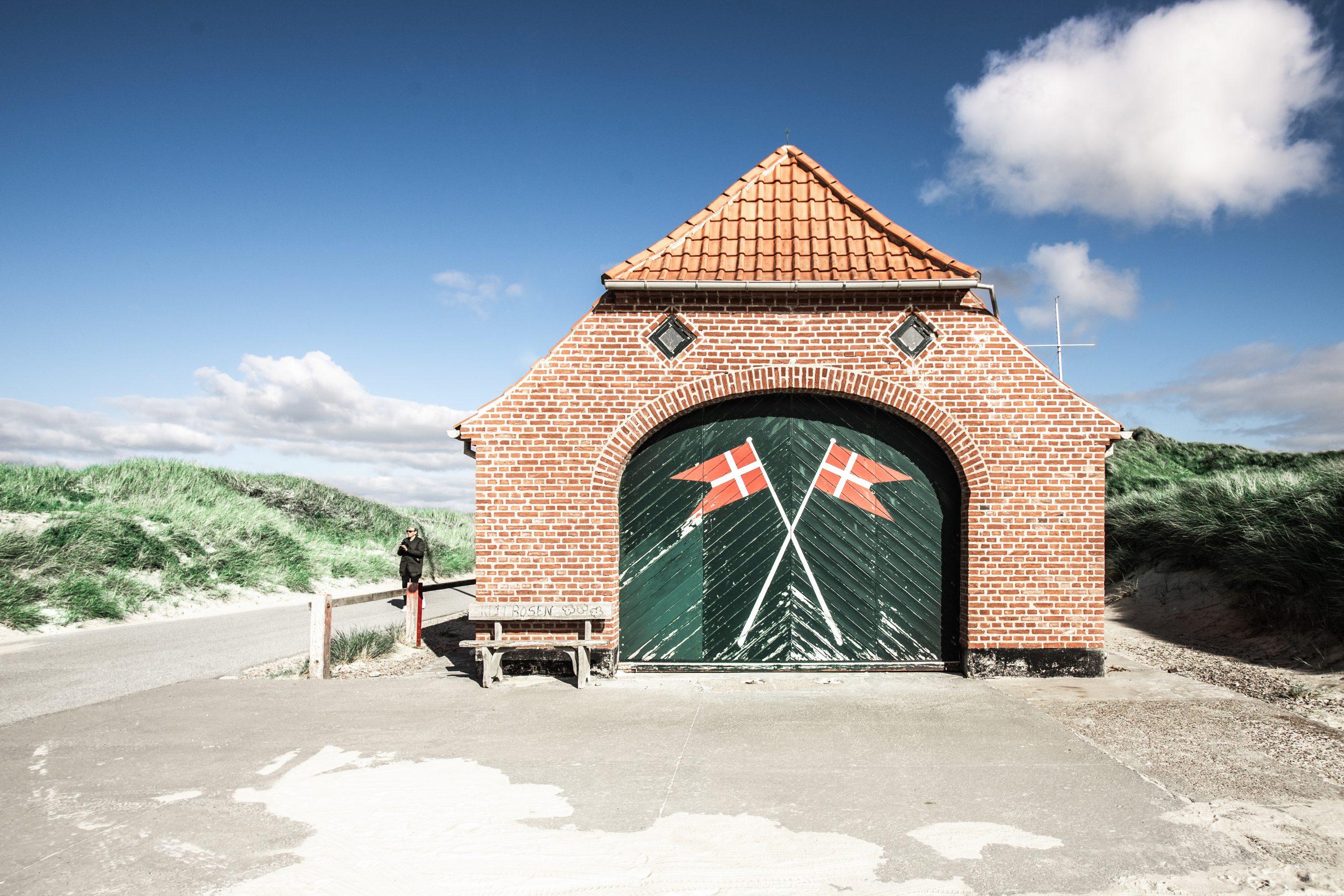 Stenbjerg Landingsplads i Thy er en af attraktionerne i Destination Nordvestkysten. Pressefoto: Destination Nordvestkysten.