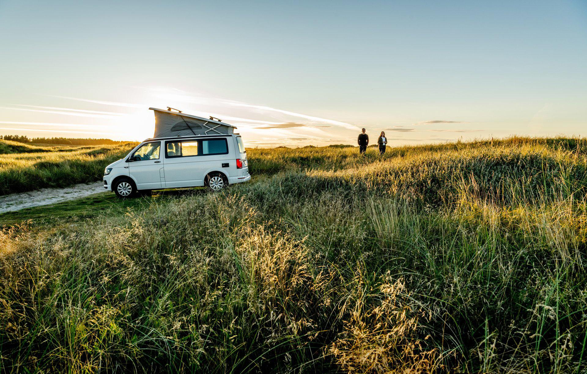 Mens 60 procent af danskerne sidste år under coronakrisen holdt ferie i Danmark, forudser ny analyse at tallet i år falder til 47 procent som følge af den gradvise genåbning af rejsemuligheder til andre lande. Pressefoto: Mette Johnsen for VisitDenmark.