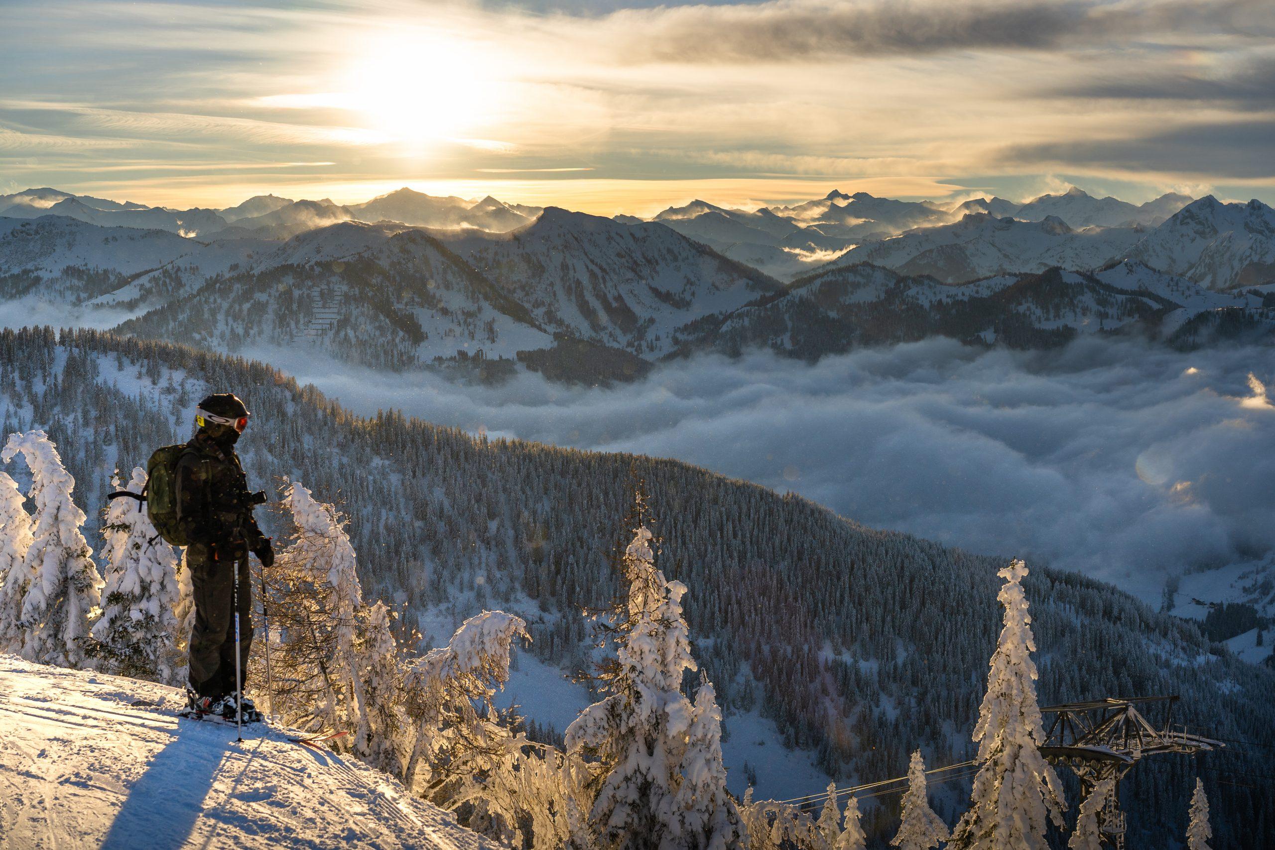Danmarks to største skirejsekoncerner, SkiGroup og Skinetworks, har midt i højsommeren travlt med at sælge skirejser til vinter. Her er det fra østrigske Wagrain. Foto: Anders Vestergård for Skigroup.dk