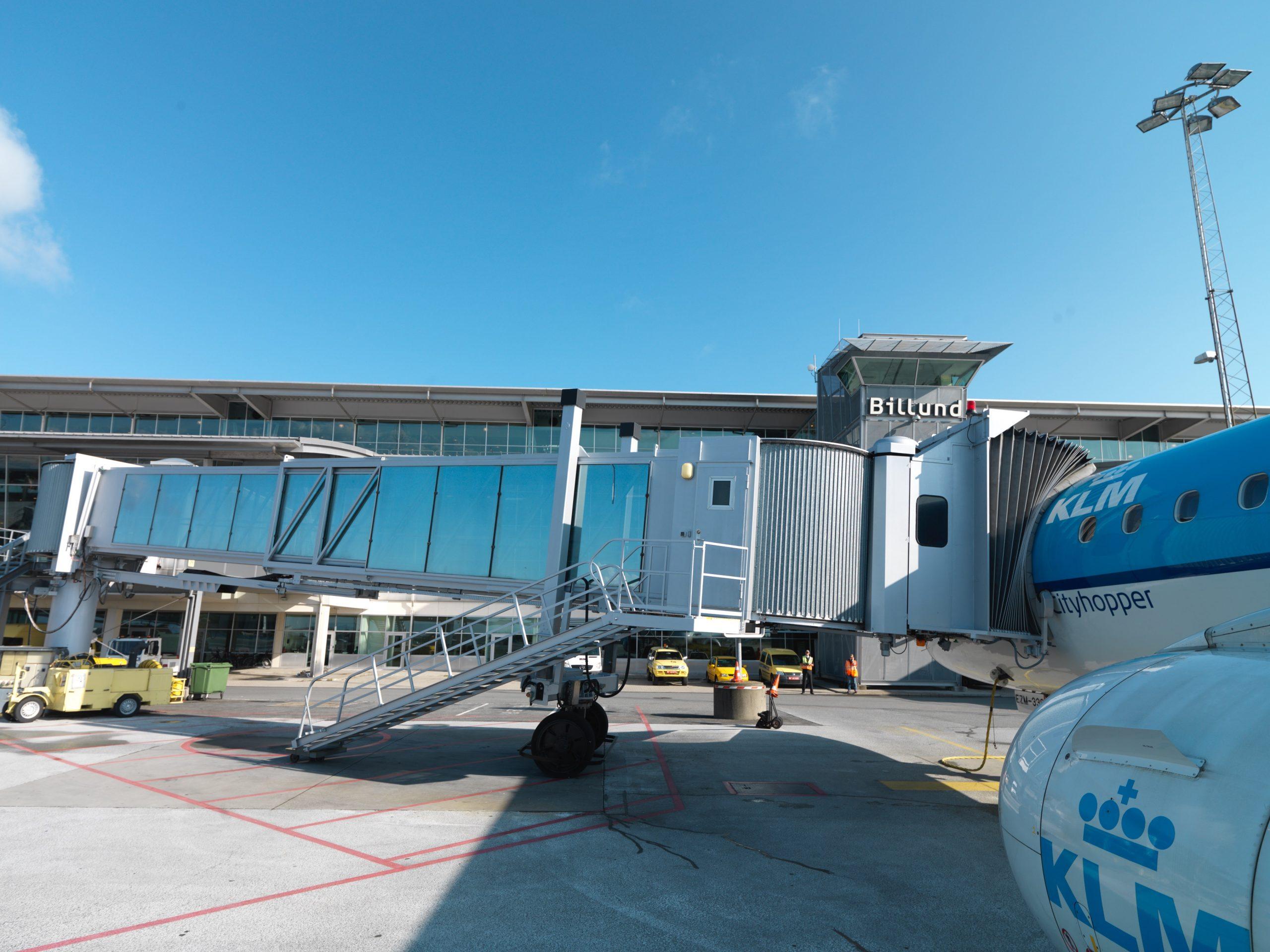KLM er på vej mod at have 12 daglige afgange fra Amsterdam til Danmark, seks til Københavns Lufthavn samt tre til såvel Billund Lufthavn og Aalborg Lufthavn. Arkivfoto fra Billund Lufthavn.
