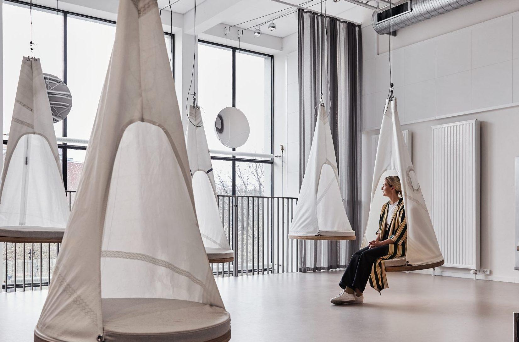 Brøchner Hotels åbnede i starten af sidste måned sit første overnatningssted udenfor København. Det store design hostel Book1 i Aarhus har 452 senge fordelt på syv værelsestyper, herunder sovesale (dorms) kun for kvinder. Pressefoto: Brøchner Hotels.