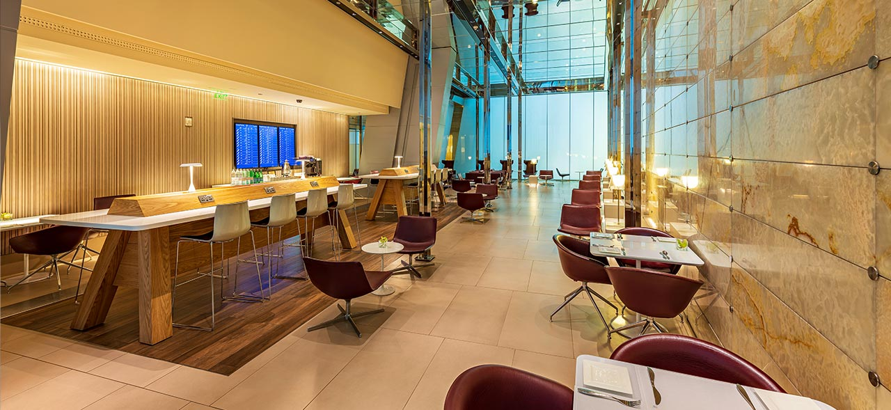 Mariner Lounge er Qatar Airways' særlige lounge i hovedlufthavnen i Doha, hvor kun rejsende med flyselskabet på sømandsbilletter har adgang. Pressefoto: Qatar Airwats.