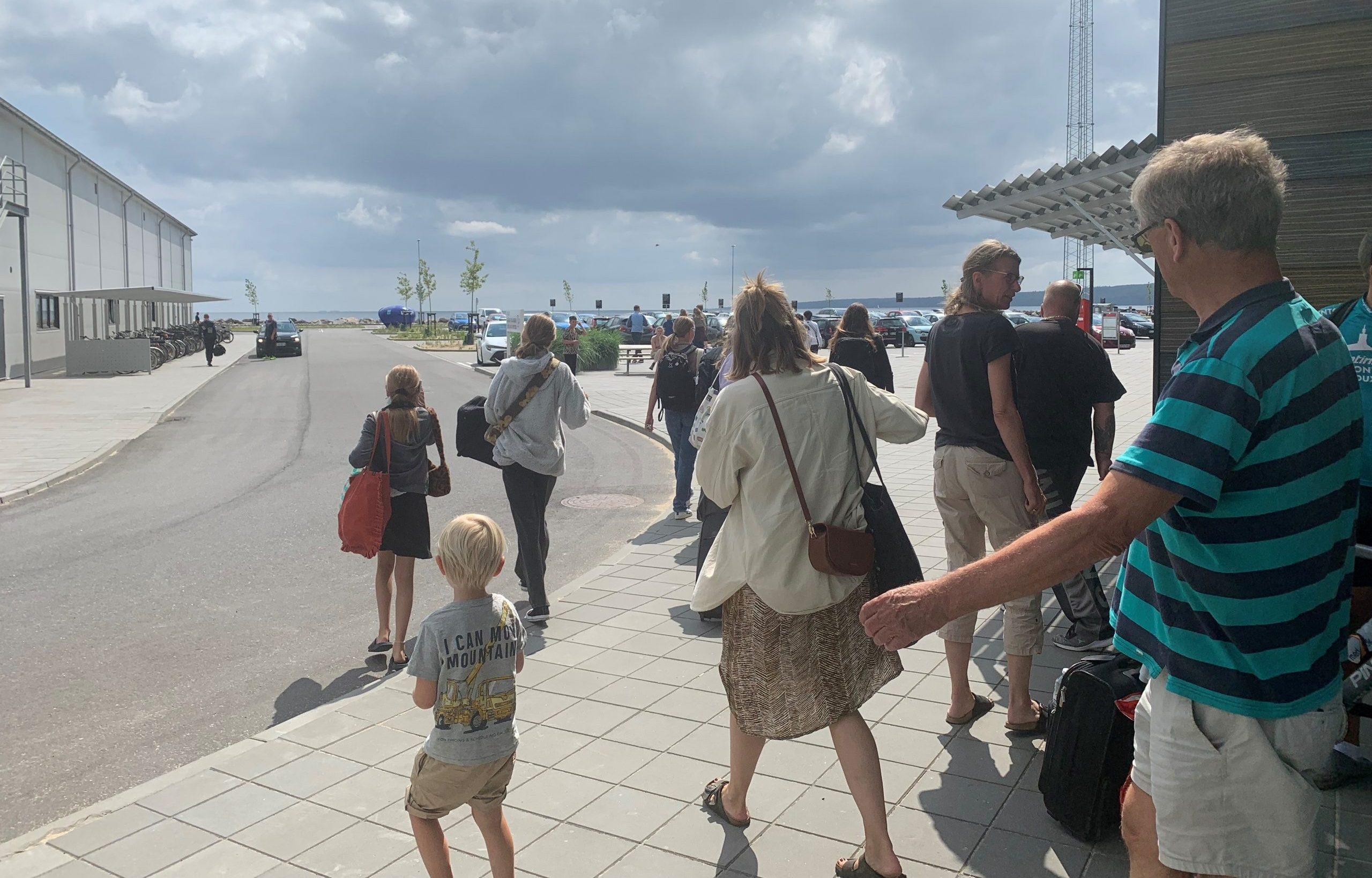 Molslinjen har indsat gratis shuttlebusser fra Kombardo Expressen mellem havnen i Aarhus og Aarhus midtby. Pressefoto: Molslinjen.