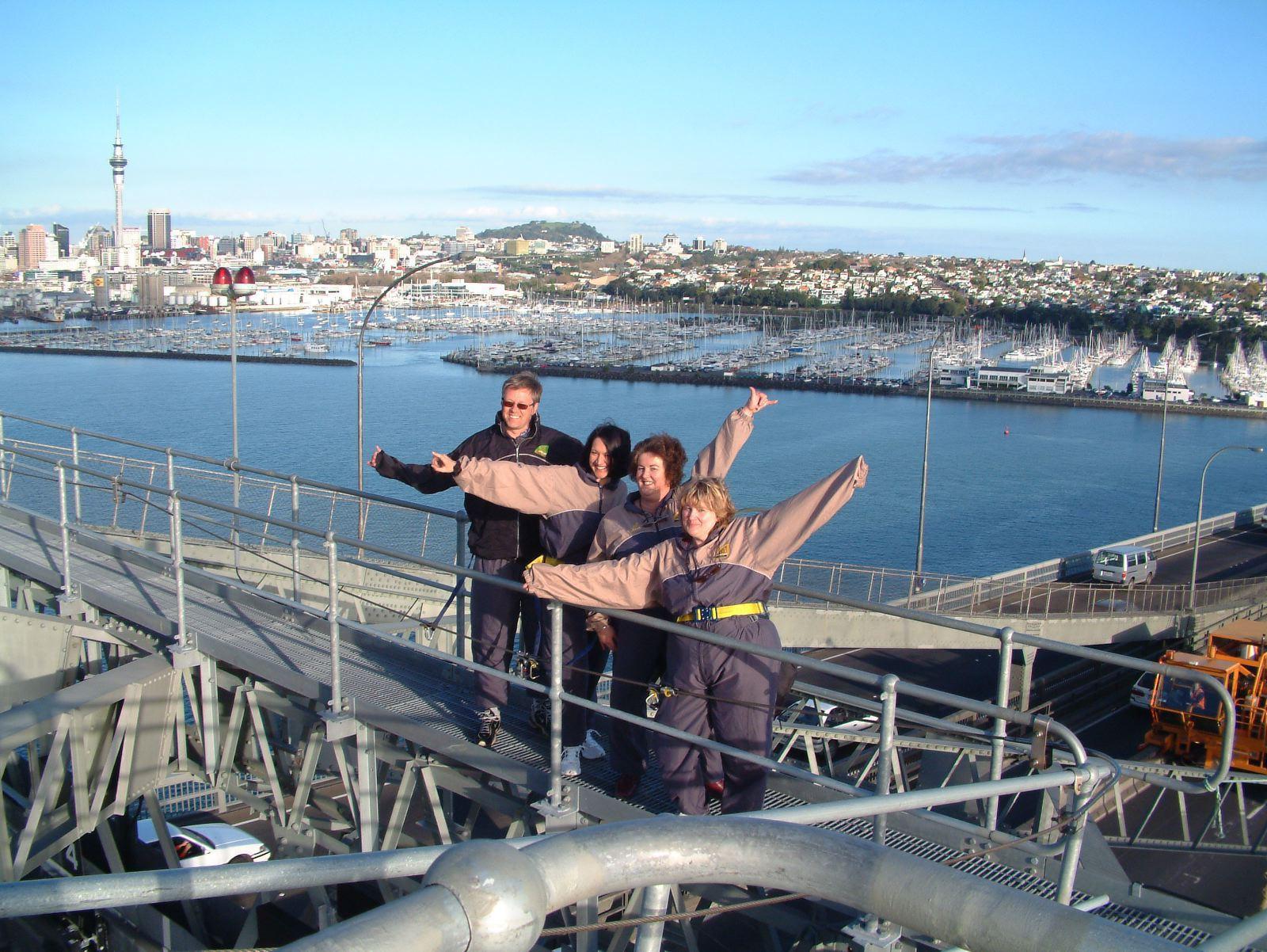 Primo Tours-gruppen kigger på at udvide sortimentet, for eksempel med oversøiske rejser. Her er det næsten så langt væk, som man kan komme fra Danmark, Auckland, den største by i New Zealand. Privatfoto.