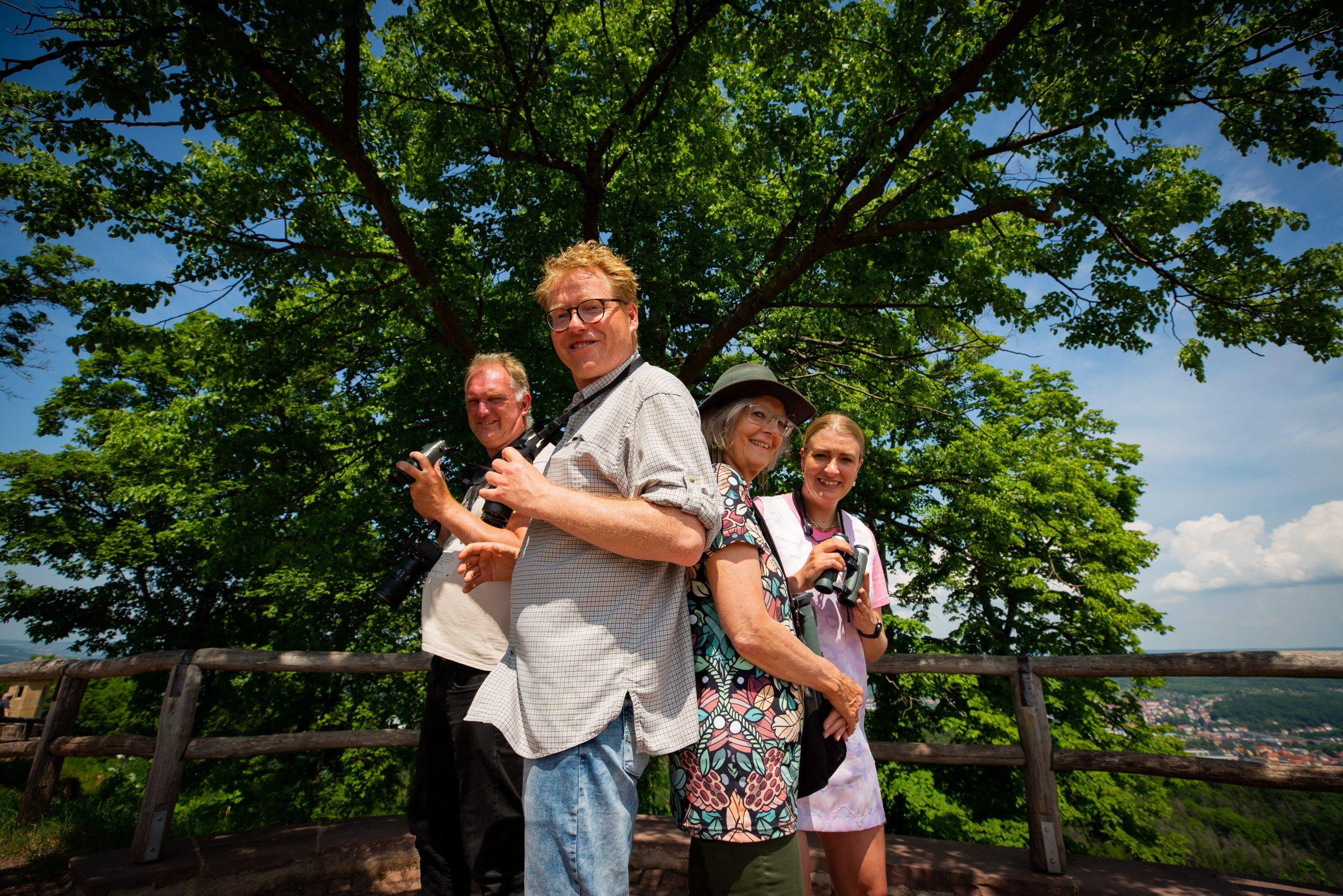 Kvartetten i TV 2-programmet fotograferet i Tyskland. Pressefoto via Tysk Turist Information: Made by us, fotograf Victor Grønbech.