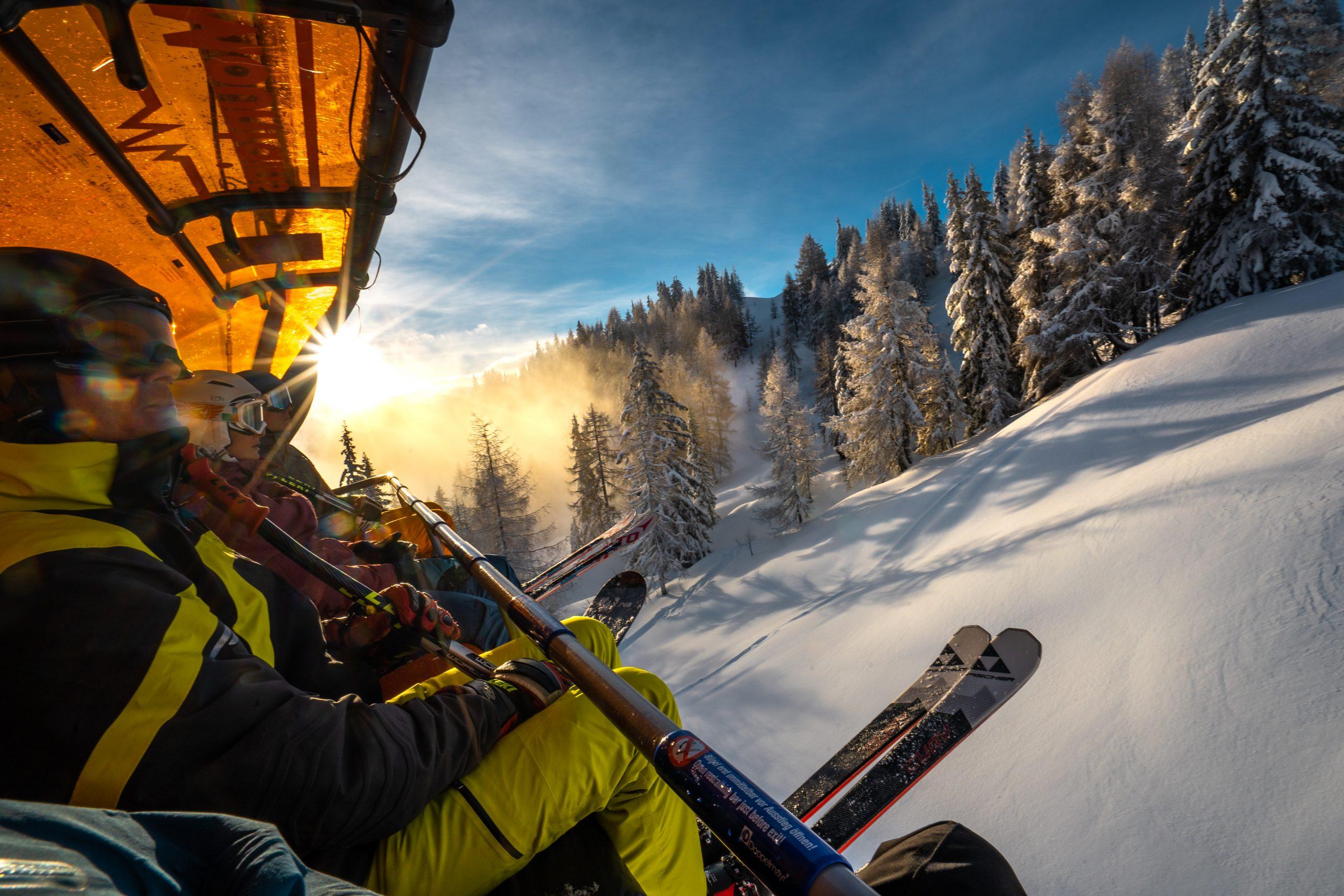 Danske SkiGroup med blandt andet Højmark Rejser håber den kommende vintersæson at sælge samme antal skirejser til Alperne som før coronakrisen. Arkivpressefoto fra SkiGroup.