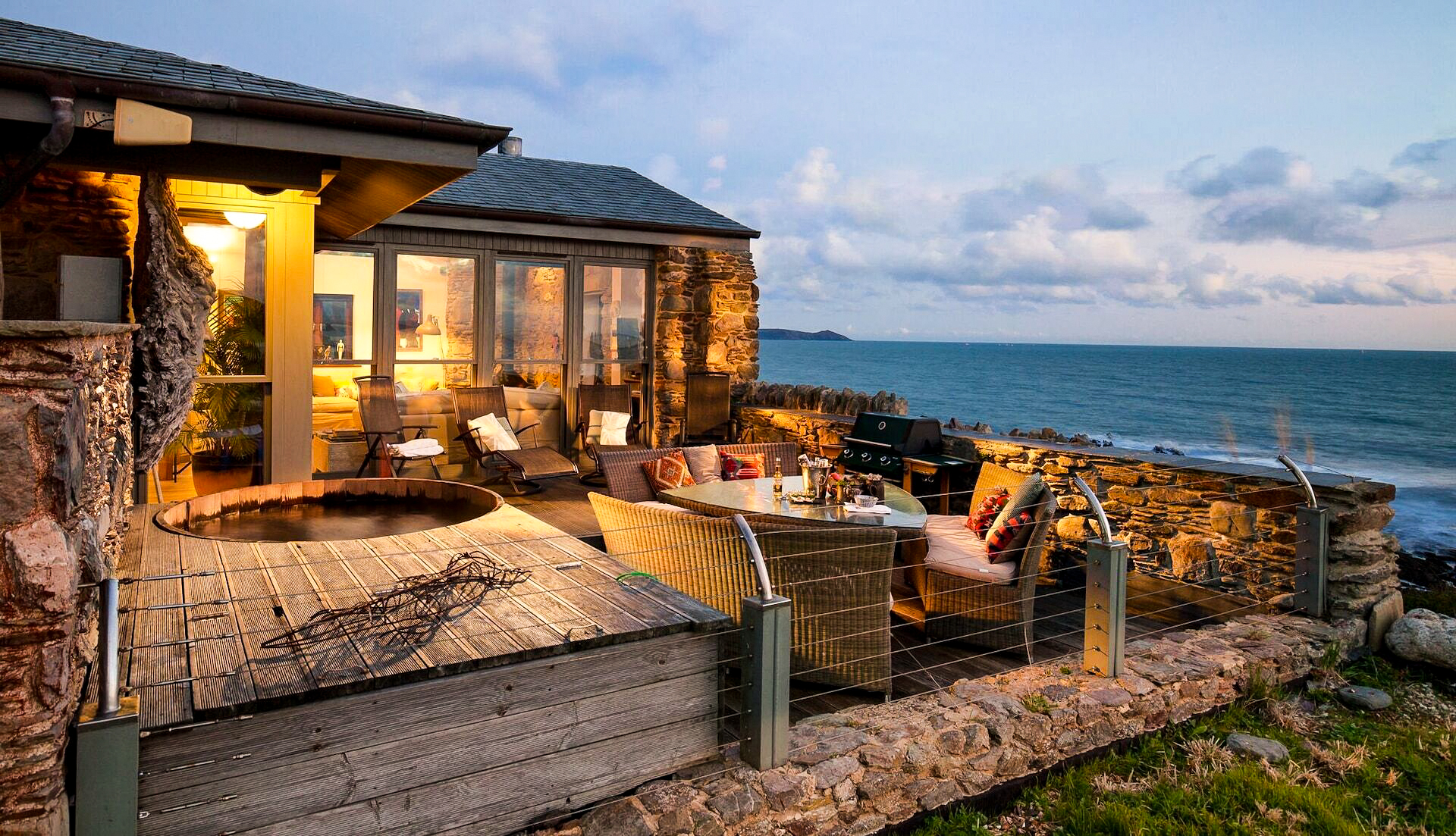 Vrbo, der står for udlejning af ferieboliger i Expedia Group, er på jagt efter flere attraktive udlejningsboliger, som for eksempel denne i Cornwall i det sydvestlige England. Pressefoto fra Expedia.