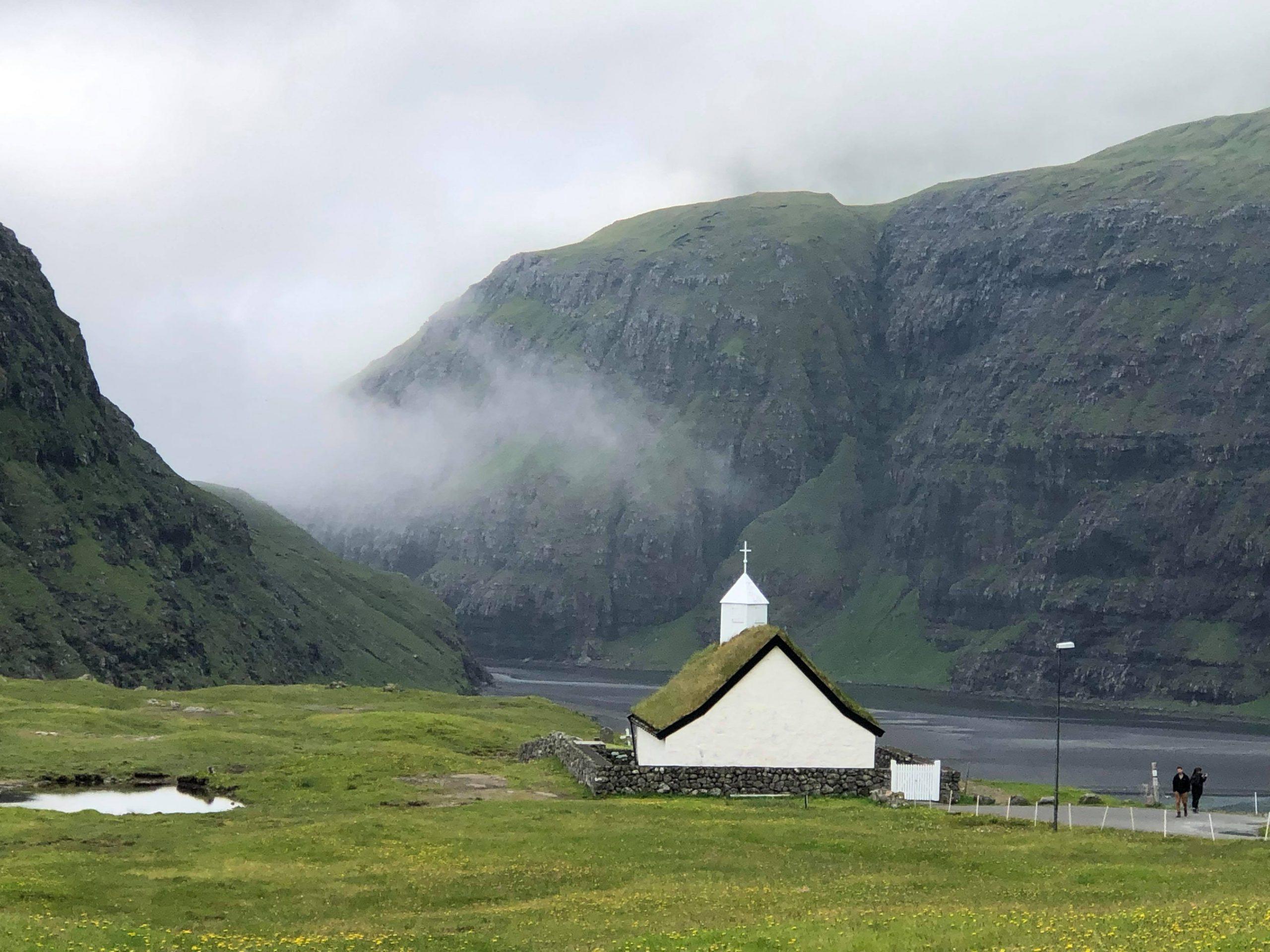 Nordlys, unik natur og en gæstfri befolkning. Færøerne har meget at byde på for turisterne. Arkivfoto: Tina Michaelsen.