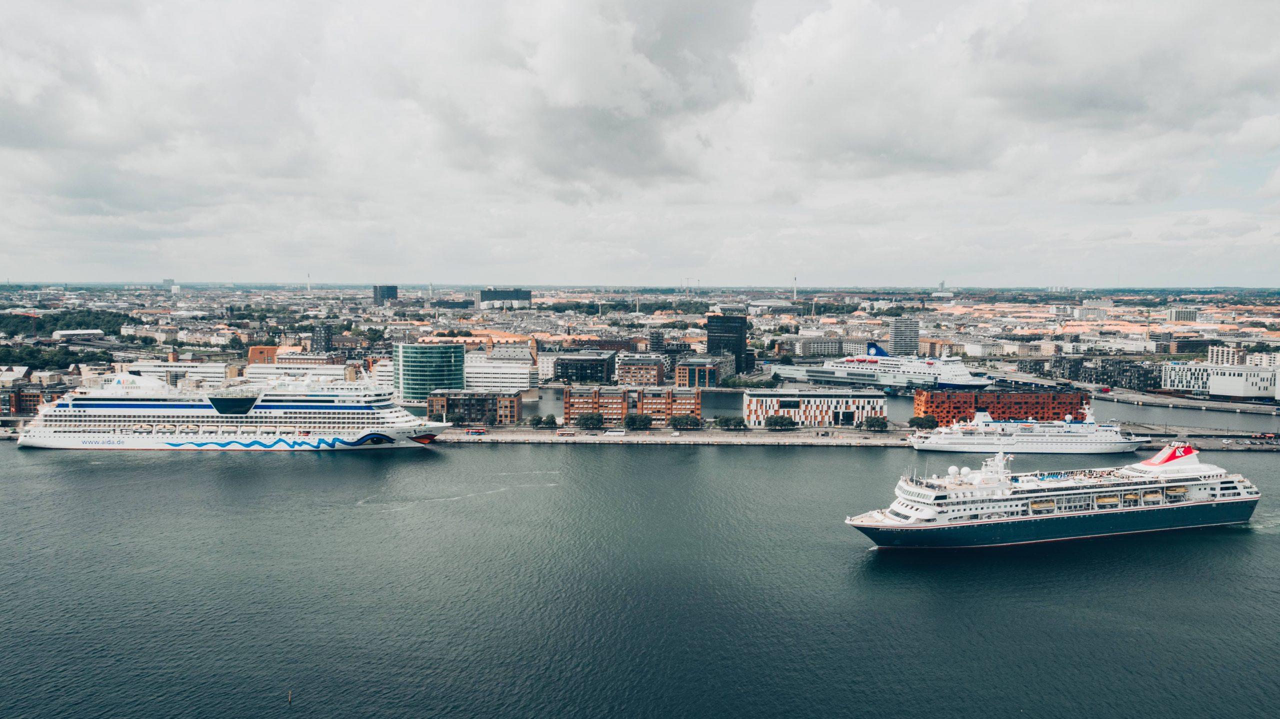 En rejsearrangør kunne ikke blive ved med at udskyde et krydstogt til 290.000 kroner, mener Pakkerejse-Ankenævnet. Arkivfoto uden relation til den i artiklen omtalte sag: Cruise Copenhagen Network via Wonderful Copenhagen.