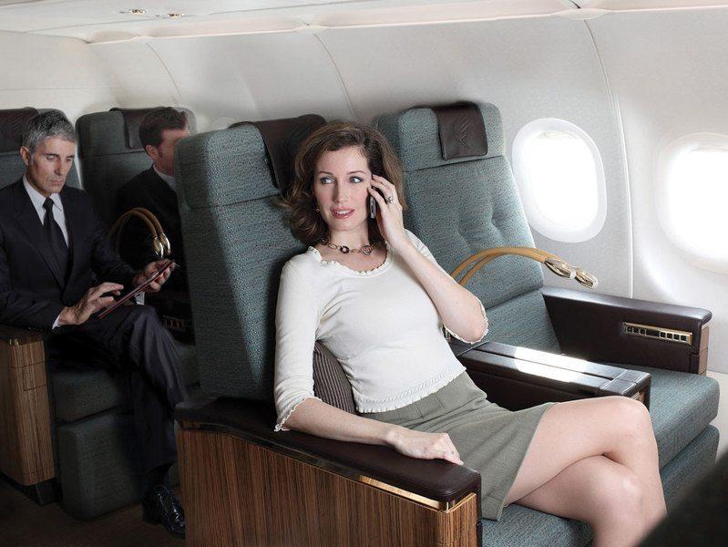 BCD Travel har forslag til hvordan flypassagerer kan beskytte deres mobile enheder når de bruger dem på fly med wi-fi systemer. Arkivfoto.
